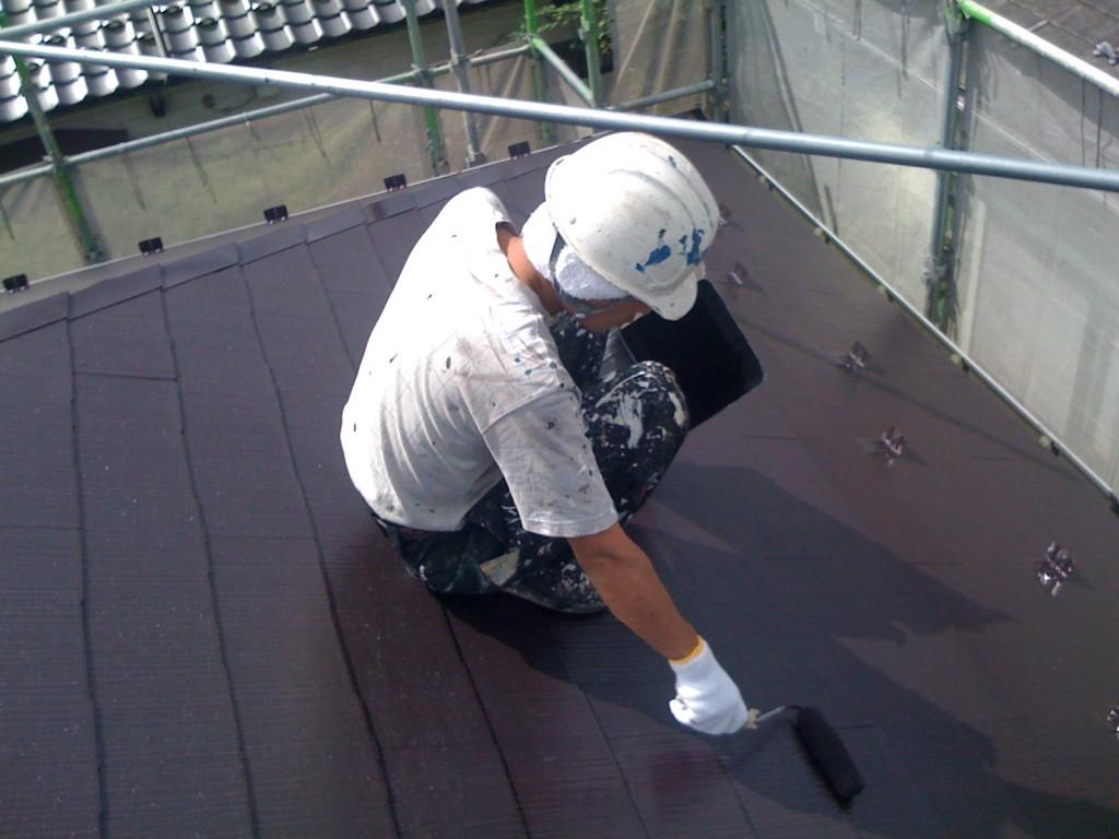 8.26屋根上塗り2
