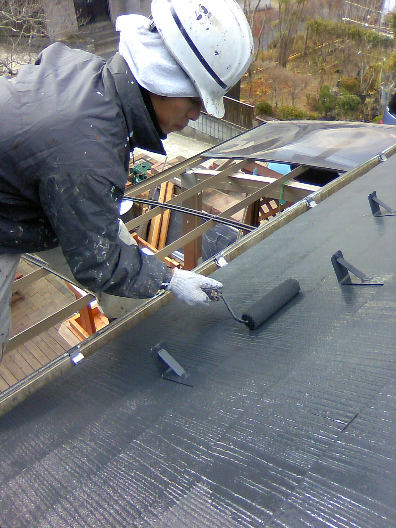 11.28屋根上塗り2