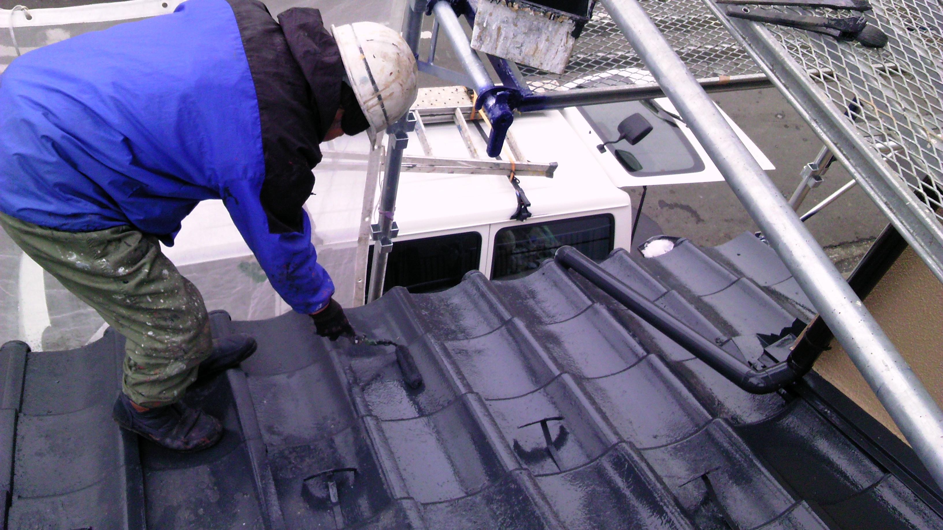 屋根上塗り0229