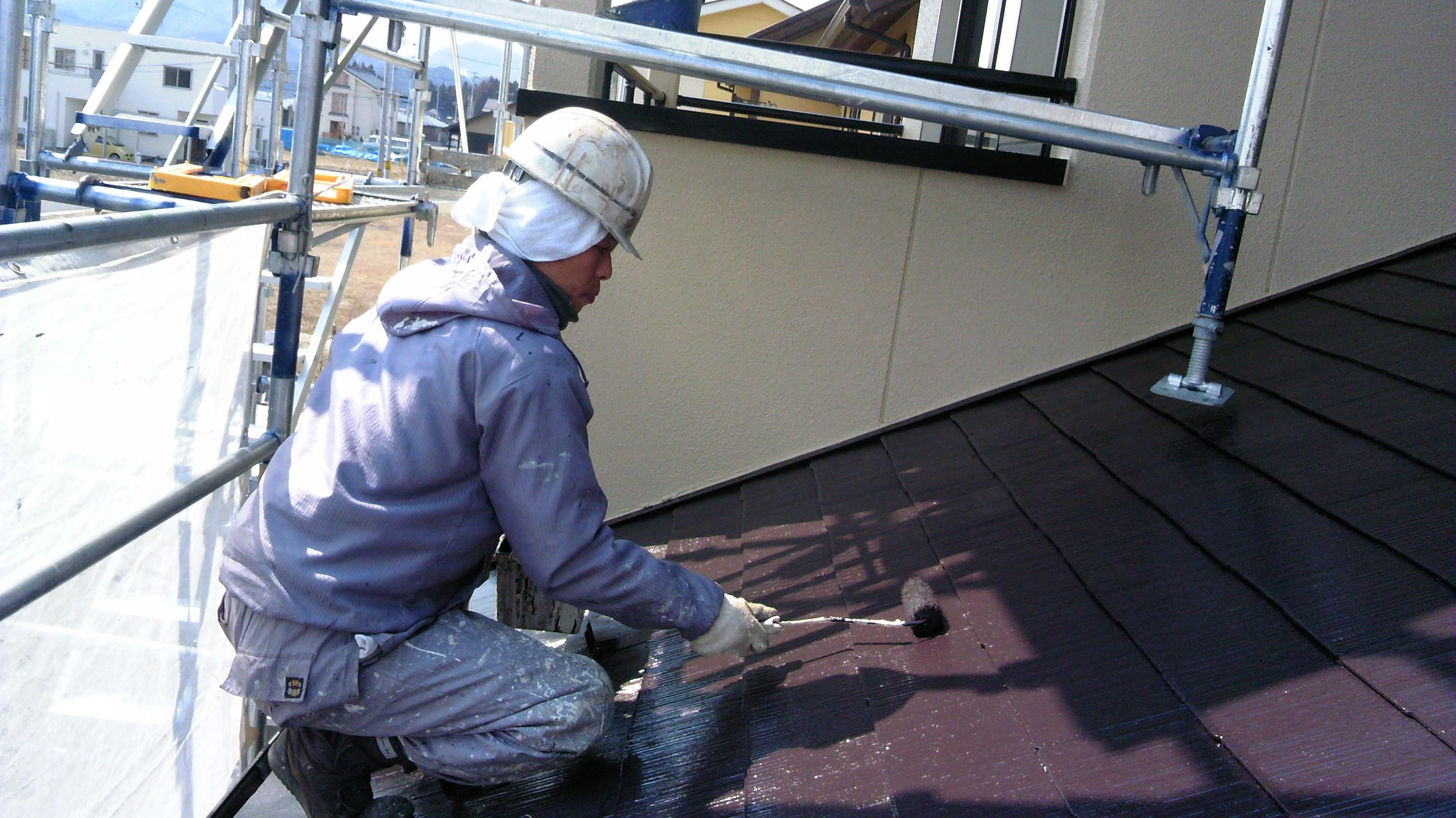 0328 屋根上塗り