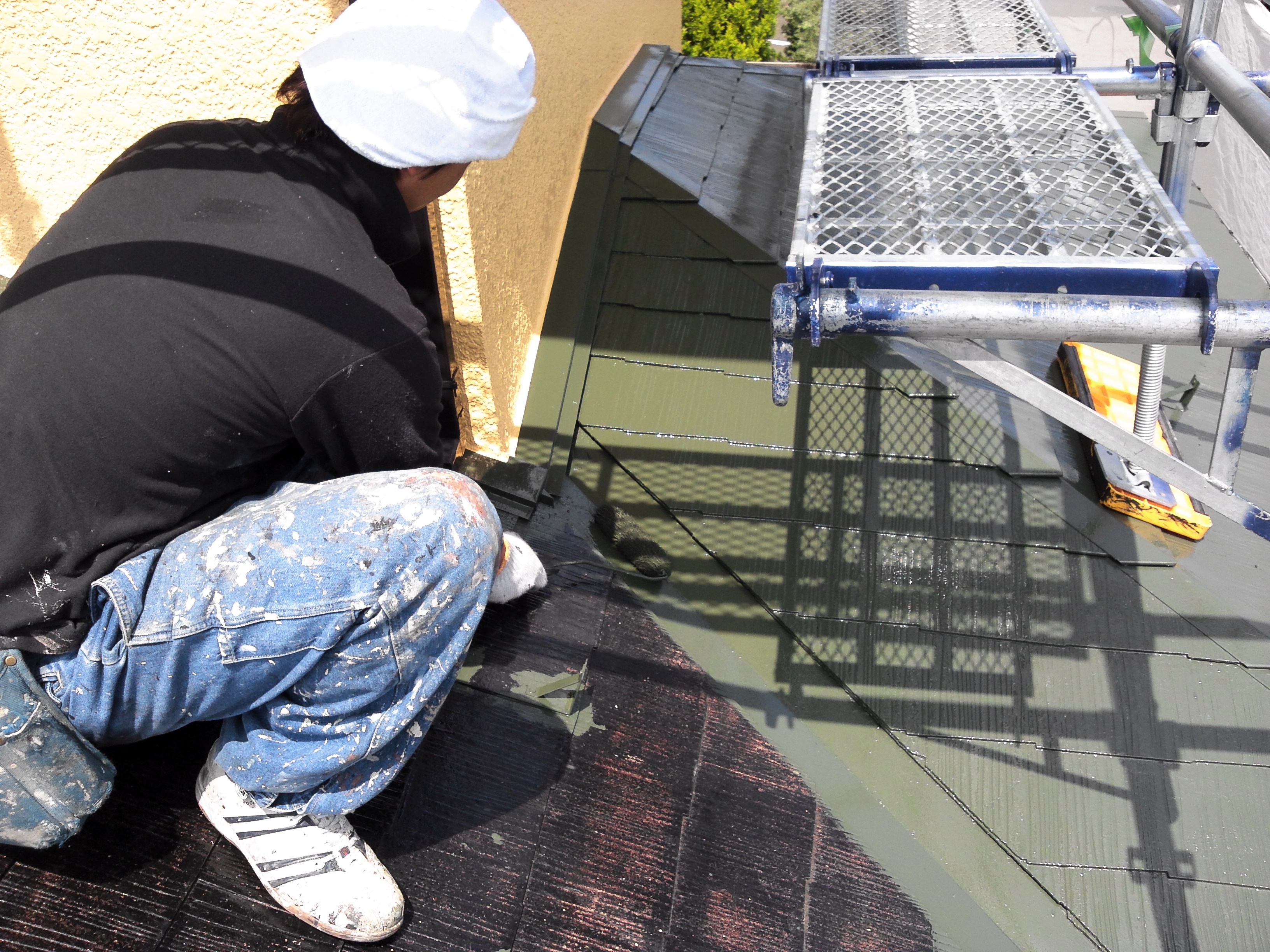 0425 屋根中塗り