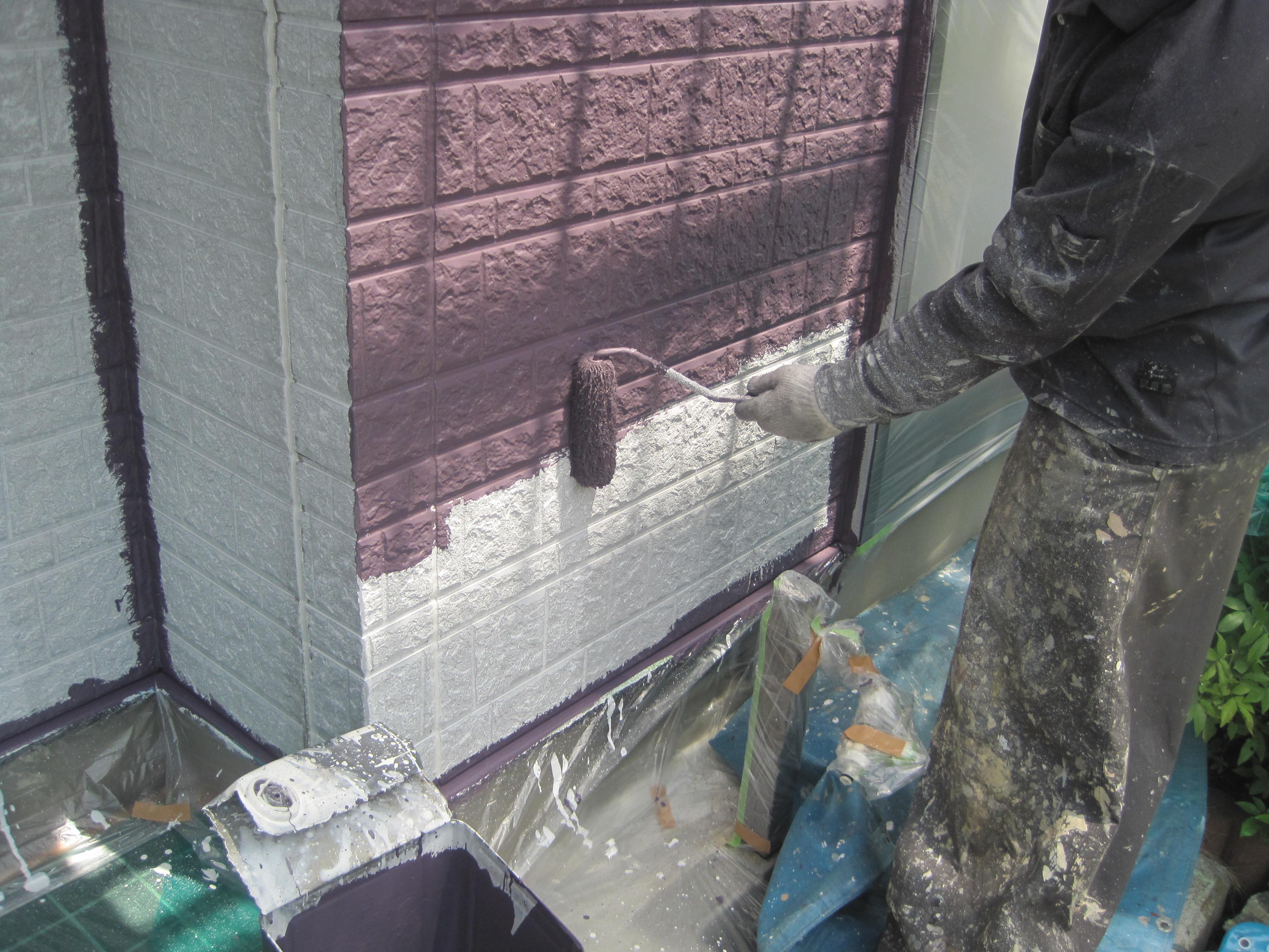 0527 外壁中塗り