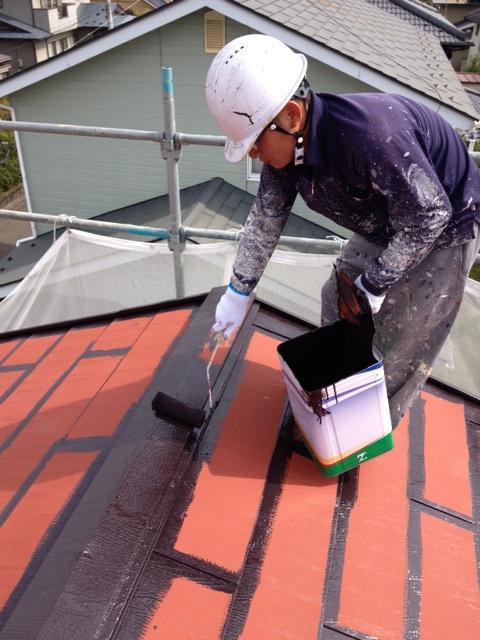 120929-屋根中塗り
